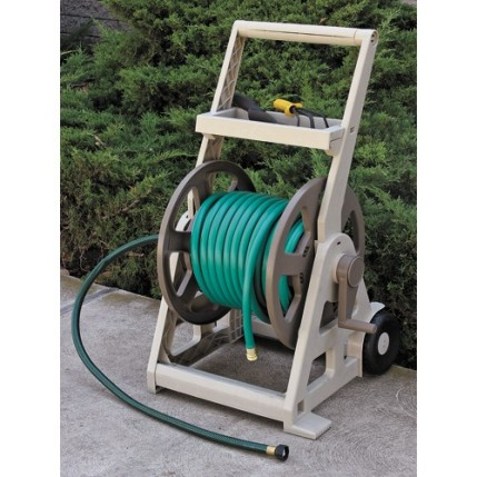Neat but spacious hose reel